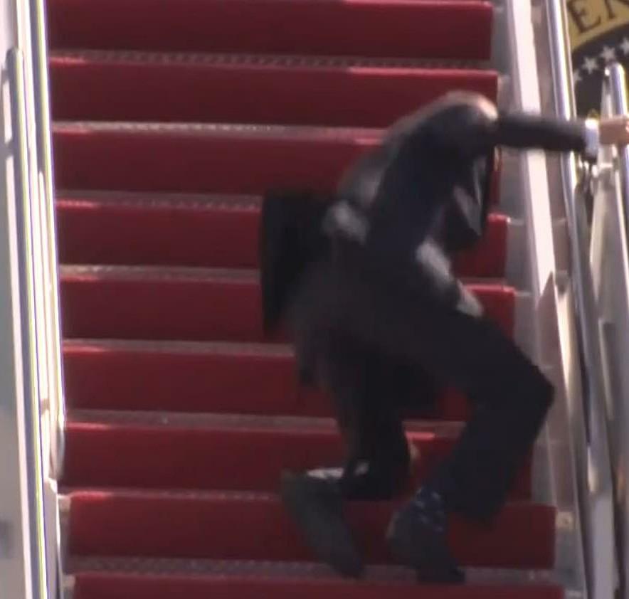 Biden Stumbles While Boarding Plane