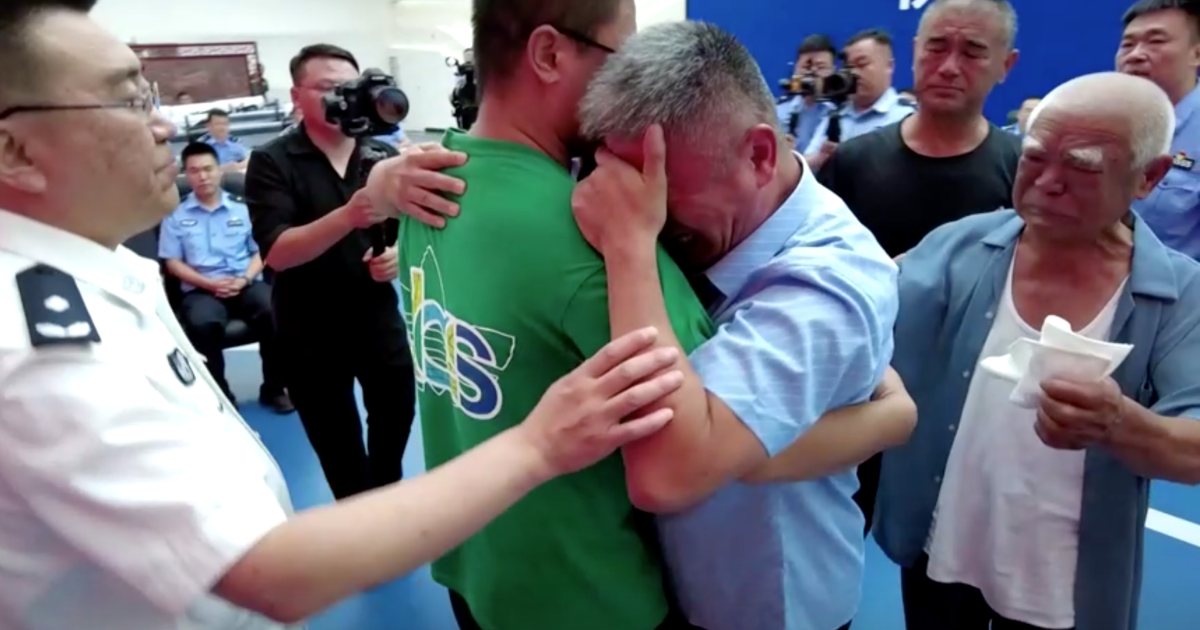 Chinese Boy Reunites With Father After 24 Years Of Kidnap