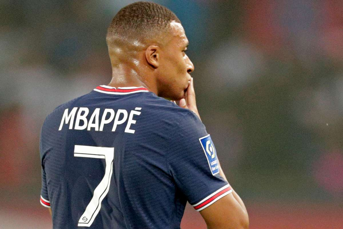 Real Madrid Presents €220m To PSG For Kylian Mbappe