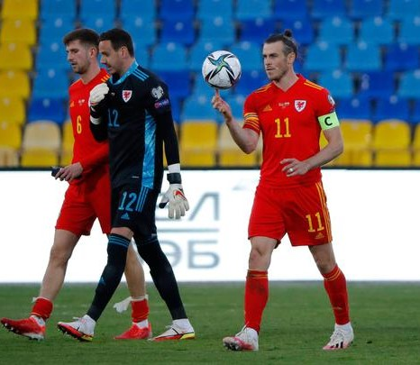 Bale Scores Hat-trick To Keep Wales World Cup Hope Alive