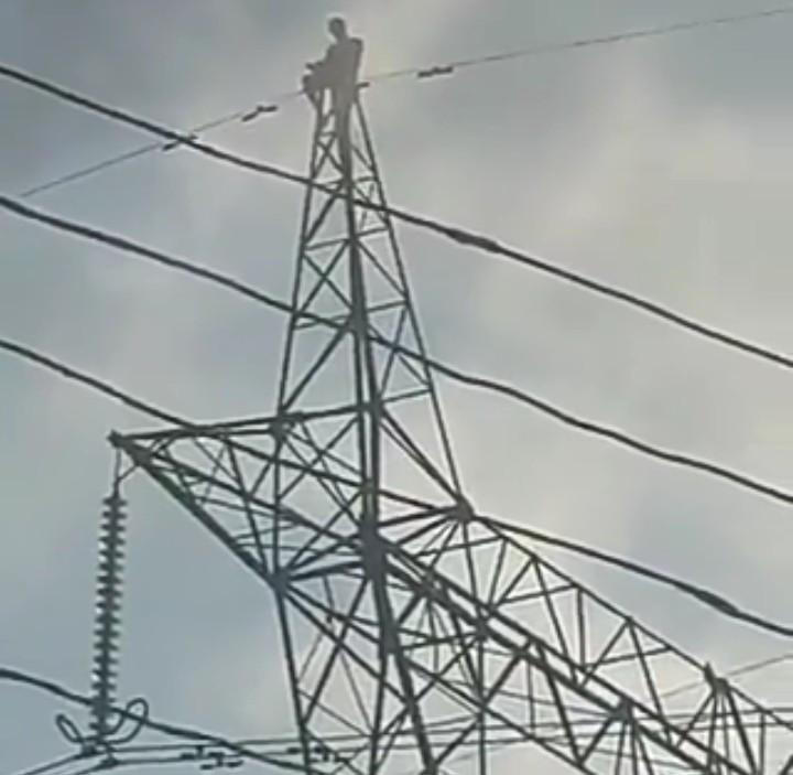 Six Electrocuted During Sunday Worship